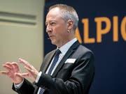 Jens Alder, Alpiq-Verwaltungsratspräident und Delegierter des Verwaltungsrats, begrüsst das öffentliche Übernahmeangebot für den Energiekonzern (Bild: KEYSTONE/ALEXANDRA WEY)