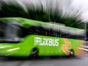 Das deutsche Fernbusunternehmen Flixbus plant in den USA eine weitere Expansion. (Bild: KEYSTONE/EPA/FILIP SINGER)