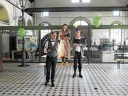 Theater, wo sonst kein Theater stattfindet: Im Gasimuseum Schlieren wird ein Teil des Romans «Alles in allem» aufgeführt. (Bild: Daniel Diriwächter)