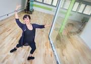 Die Kreuzlinger Ballettlehrerin Carmelina Kirstein in ihrem Ballettstudio. (Andrea Stalder)
