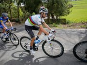 Weltmeister Alejandro Valverde muss auf die Teilnahme am Giro verzichten (Bild: KEYSTONE/EPA/JULIEN WARNAND)