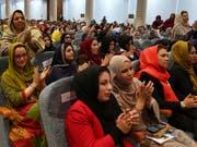 3200 Delegierte nahmen an der Grosse Ratsversammlung teil. Sie fordern, dass ein dauerhafter Frieden durch Verhandlungen zwischen der Regierung und den Taliban erreicht werde. (Bild: KEYSTONE/AP/RAHMAT GUL)
