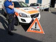 Eine 25-jährige Frau ist in einer Wohnung in Mollis erschossen worden. (Bild: Kantonspolizei Glarus)