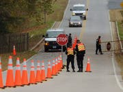Der 19-jährige Autofahrer machte sich vor einer Polizeikontrolle aus dem Staub. (Bild: KEYSTONE/EPA/MICHAEL REYNOLDS)