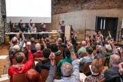 Die Pfyner Stimmberechtigten befinden an ihrer Gemeindeversammlung über eine reich befrachtete Traktandenlisten. (Bild: Claudia Koch)