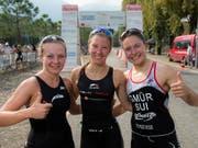 Für Julie Derron (Bildmitte) gab es im Gegensatz zu diesem Archivbild im Elite-EM-Feld über die olympische Distanz in den Niederlanden nichts zu lachen (Bild: KEYSTONE/TI-PRESS/GABRIELE PUTZU)