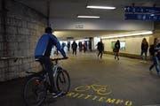 Velofahrer dürfen die Hauptunterführung am Bahnhof Wil nur noch bis 2021 benützen. (Bild: Gianni Amstutz)