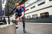 Der Luzerner Roland Eggspühler am Luzerner Bahnhof. (Bild: Dominik Wunderli, 4. Mai 2019)