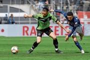 Die Luzerner fanden den Tritt nicht: Ruben Vargas (rechts) gegen Luganos Fabio Daprelà. (Bild: Samuel Golay/Keystone (Lugano, 5. Mai 2019))