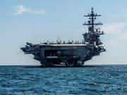 Die USA verlegen angesichts des Streits mit dem Iran mehrere ihrer Streitkräfte in den Nahen Osten - darunter den Flugzeugträger USS Abraham Lincoln. (Bild: KEYSTONE/EPA EFE/CATI CLADERA)