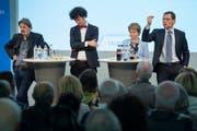 Bereits Anfang April wurde auf einem vom «St.Galler Tagblatt» organisierten Podium im Pfalzkeller über des EU-Rahmenabkommen diskutiert. Damals mit (von links nach rechts) Paul Rechsteiner (SP), Nicola Forster (GLP), Brigitte Häberli (CVP) und Roger Köppel (SVP). (Bild: Urs Bucher - 3. April 2019)