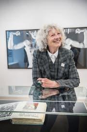 Multitalent Ulrike Ottinger in ihrer Ausstellung in Steckborn. (Bild: Andrea Stalder)