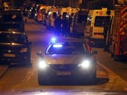 Ein Grossaufgebot an Sicherheitskräften beendete eine Geiselnahme in der französischen Ortschaft Blagnac. (Bild: KEYSTONE/EPA/FREDERIC SCHEIBER)
