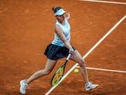 Belinda Bencic setzte sich in Madrid in der 2. Runde nach zähem Kampf gegen Swetlana Kusnezowa durch (Bild: KEYSTONE/EPA EFE/JUANJO MARTIN)