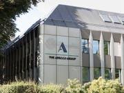 Das Temporärarbeits-Unternehmen Adecco hat im ersten Quartal einen leichten Umsatzrückgang hinnehmen müssen. Dank Sparpogramm ist es aber profitabler geworden. (Bild: KEYSTONE/GAETAN BALLY)