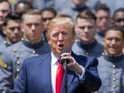 Offener Brief: Knapp 500 ehemalige US-Staatsanwälte halten den Vorwurf der Justizbehinderung gegen US-Präsident Donald Trump für erwiesen. (Bild: KEYSTONE/EPA/ERIK S. LESSER)