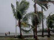 Unwetter wie jene auf den Philippinen haben im vergangenen Jahr viele Menschen innerhalb eines Landes in die Flucht getrieben. (Bild: KEYSTONE/EPA/MARK R. CRISTINO)