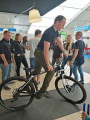 Patrick Rohrer aus Beckenried versucht sich möglichst lange auf dem Velo zu halten. (Bild: Priska Rohrer, 31. Mai 2019)