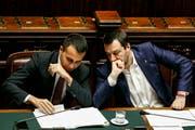 Die beiden Vizepremiers Luigi Di Maio (links) und Matteo Salvini. (Bild: Fabio Frustaci/Ansa, Rom, 13. Februar 2019)