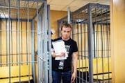 Iwan Golunow im Gerichtssaal. (Bild: Keystone (Moskau, 8. Juni 2019)