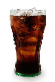 Glas mit Coca Cola
