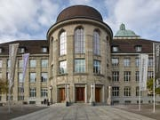 Doppelt so hoch wie vor zehn Jahren, aber immer noch zu tief: Der Frauenanteil bei den ordentlichen Professuren an Uni Zürich beträgt 21 Prozent. (Bild: KEYSTONE/CHRISTIAN BEUTLER)