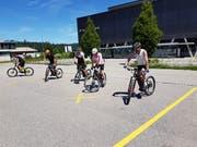 Dank einem Fahrtechnikkurs bei den Profis von Flyer lernt man sein E-Bike besser kennen und gewinnt Sicherheit.