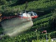 Pestizide mit den Wirkstoffen Chlorpyrifos und Chlorpyrifos-methyl sollen künftig in der Landwirtschaft nicht mehr verwendet werden dürfen. (Bild: KEYSTONE/ALESSANDRO DELLA VALLE)