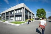 Das Hauptgebäude der Universität St.Gallen auf dem Rosenberg entstand Anfang der 1960er-Jahre. Erst vor wenigen Jahren wurde es grundlegend saniert. (Bild: 16. September 2011)