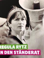 Die Grüne Parteipräsidentin Regula Rytz wirbt für ihre Ständeratskandidatur nicht mit Umweltthemen sondern mit einem Sujet vom Frauenstreik 1991: Regula Rytz am Megaphon.