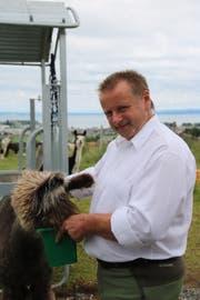 Mittlerweile hat Gerhard Oefelin 30 Tiere auf seinem Hof. (Bild: Ines Biedenkapp)