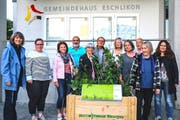 Ein nicht komplettes Gruppenfoto der Gärtner-Gastgeber. (Bild: ZVG)