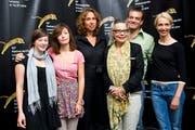 Die Regisseurin Katalin Gödrös (Dritte von links) am 63. Filmfestival in Locarno. (Bild: KEYSTONE/Jean-Christophe Bott)