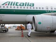 Kein Investor gefunden: Die Zukunft der insolventen Fluggesellschaft Alitalia ist weiter offen. (Bild: KEYSTONE/AP/LUCA BRUNO)