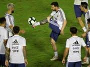 Steht bei Argentinien im Zentrum: Superstar Lionel Messi will endlich auch einen Titel mit dem Nationalteam gewinnen (Bild: KEYSTONE/EPA EFE/JOEDSON ALVES)