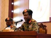 Ein Sprecher des Militärrates im Sudan räumte gewisse Fehler bei der Räumung eines Protestlagers ein. (Bild: KEYSTONE/AP)