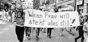 Wachgerüttelt: Der Frauenstreik von 1991 hat die Bedeutung der Frau in Gesellschaft, Wirtschaft und Politik in Erinnerung gerufen. (Bild: Michael Kupferschmid/KEY, (Basel, 14. Juni 1991))