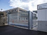 Kasernen und Armeegebäude systematisch mit Solarzellen bestücken: das ist ein Ziel der neuen Armeechefin Viola Amherd auf dem Weg zu einem klimafreundlicheren Verteidigungsdepartement. (Bild: KEYSTONE/SALVATORE DI NOLFI)