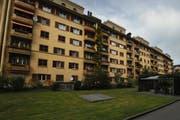 Die Gebäude an der Claridenstrasse 1 bis 6 werden ab August zwischengenutzt. (Bild: Boris Bürgisser, Luzern, 21. Oktober 2009)