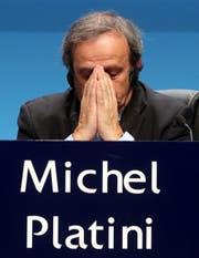 Ein Bild von Michel Platini 2015 bei einer Medienkonferenz. (Bild: AP Photo/Ronald Zak, File)