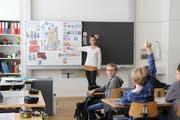 Der politischen Bildung soll an der Schule - hier in Bürglen - eine höhere Bedeutung beigemessen werden. (Bild: Archiv Urner Zeitung, Bürglen, 2017)