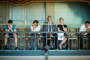 Mussten auf der Tribüne Kritik anhören: Hochschulrat-Präsident Hans Munz (Mitte), rechts PH-Rektorin Priska Sieber. (Bild: Reto Martin)