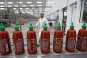 Blick in die Produktion von Huy Fong Foods im kalifornischen Irwindale. (Bild: David McNew, 14. Mai 2014)