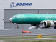 Die US-Flugaufsicht FAA hat am Sonntag neue Mängel an über 300 Boeing-Flugzeugen des Typs 737 MAX und an dem älteren Modell 737 bekanntgegeben. (Bild: KEYSTONE/AP/TED S. WARREN)