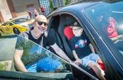 Vätertag im Autobau Romanshorn: Männer können Taxifahrt mit Ferrari und Co. machen. (Bild: Andrea Stalder)