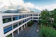 Der Kanton St.Gallen sucht derzeit Bewerber für die «anspruchsvolle Position» des Rektors der Kantonsschule Sargans. (Bild: Gian Ehrenzeller/Keystone)
