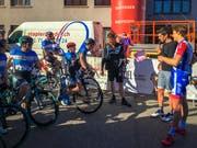 Daniel Markwalder, Franco Marvulli und Stefan Küng vor dem Start. (Bild: Raphael Rohner)