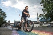 Kari Langensand - hier mit Bike und Anhänger in Alpnach - gibt das OK-Präsidium der O-Tour ab. (Bild: Dominik Wunderli, Alpnach, 19. Juni 2019)