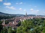 Die Stadt Bern will im kommenden Jahr viel Geld in Schulen und Sportanlagen investieren. (Bild: KEYSTONE/PETER SCHNEIDER)