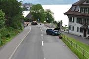 Hier hat es gekracht: Die Unfallstelle vor dem Beckenrieder Gemeindehaus. (Bild: Kantonspolizei Nidwalden, 19. Juni 2019)